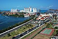 Cancún, Laguna Centro (24381191855).jpg