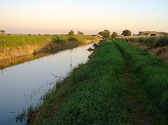 Car Dyke - Image: Car Dyke near Branston, Lincolnshire, Geograph 524787