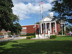 Beaufort, North Carolina - Carteret County Courthouse in Beaufort