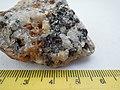 Cassiterite SnO2, quartz SiO2 (29601125844).jpg