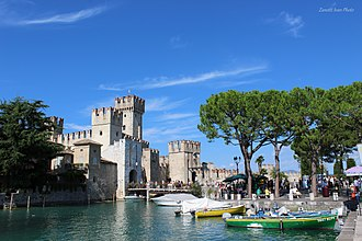 Sirmione - The castle at the entrance of the old town
