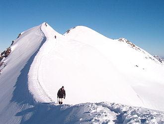 Castor (mountain) - Image: Castore per la cresta sudorientale