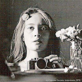 Caterina Davinio - Caterina Davinio, Self-Portrait, Munich 1979.