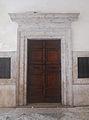Cattedrale di Rieti - ingresso del battistero.JPG