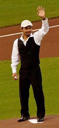Ceremonial first pitch by Manny Pacquiao, April 21, 2009.jpg