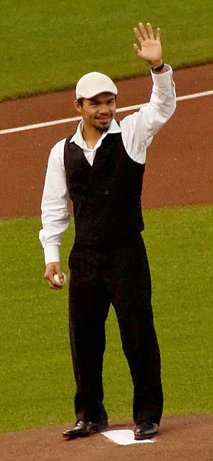 300px Ceremonial first pitch by Manny Pacquiao%2C April 21%2C 2009 Combate Pacquiao vs Marquez