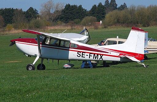Cessna 185 SE-FMX at White Waltham (8674638253)