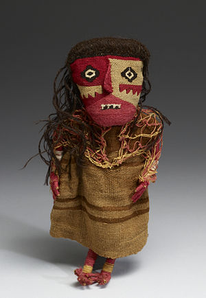 Chancay culture - Textile doll (cotton, wool, wood)