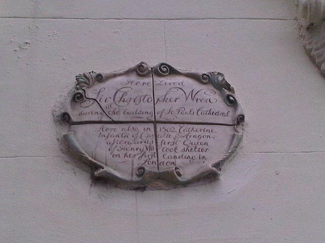 Photo of Christopher Wren white plaque