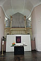 Christuskirche Frankfurt-Nied Altar Orgel.JPG