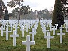 Cimetière américain de la Seconde Guerre mondiale à Saint-Laurent ...