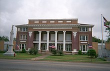 Clarke County Mississippi Courthouse.jpg