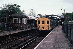 Class 416 5763 at Sanderstead railway station (1983).JPG