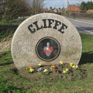 Cliffe, Kent - Image: Cliffe Millstone