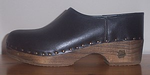 Träskor - Träsko with leather upper.