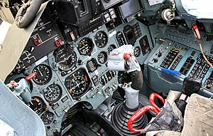 Cockpit of Sukhoi Su-27 (4).jpg