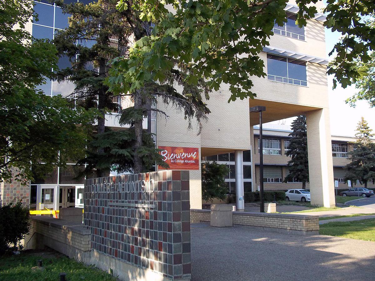 Ahuntsic College