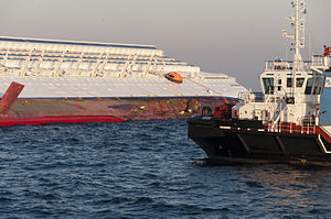 Collision of Costa Concordia DSC4193.jpg