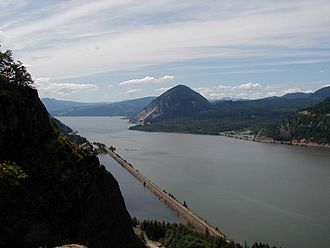 Oregon wine - The Columbia River (shown here in Hood River County, Oregon) is at the heart of the Columbia Gorge AVA