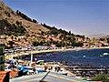Copacabana la pequeña ciudad a orillas del Titicaca.jpg
