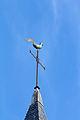 Coq au sommet du clocher de l'église Saint-Golven (Taupon, Morbihan, France).jpg