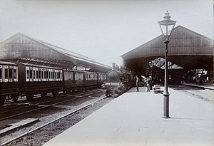 Crewe railway station - Crewe station around 1900.