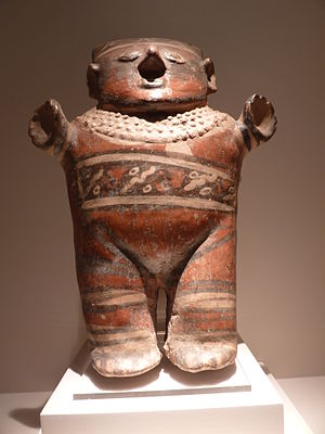 Museo de Arte Precolombino (Peru) - Ceramic statue from the Museum