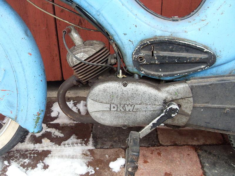 Die DKW Hummel 800px-DKW_Hummel_Motor