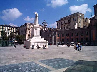 Avvocata - Piazza Dante in Naples