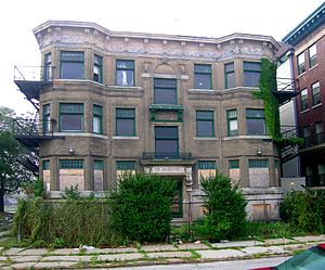Cass–Davenport Historic District - The Davenport Apartments Before Renovation and Restoration