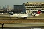 Delta N935EV Bombardier CRJ-200 (39245139265).jpg