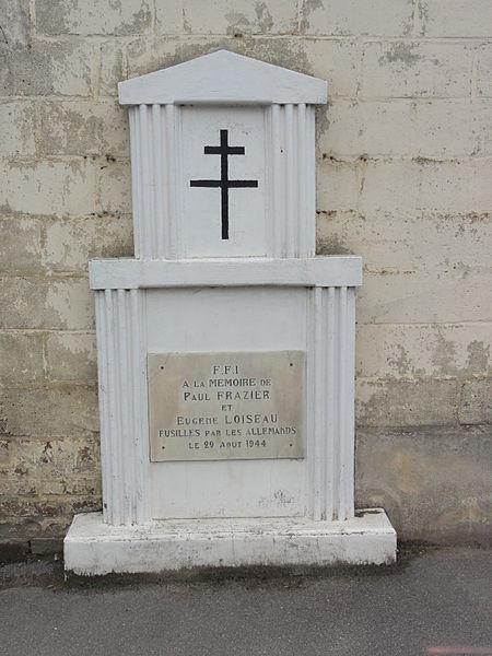Deuillet (Aisne) monument de 2 fusillés