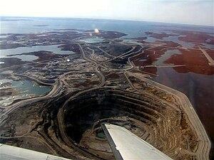 Diavik Diamond Mine Français : Mine de diamant...