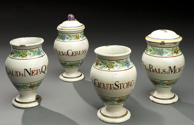 File:Dispensing pot for laudanum, Italy, 1771-1830 Wellcome L0057458.jpg