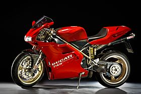 Image illustrative de l'article Ducati 748
