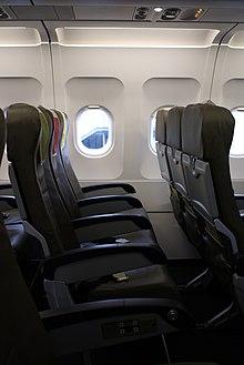 L'interno di un Airbus A320 Vueling