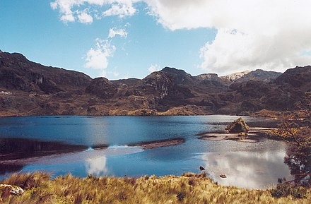 Lacs en miroir (Mirrored lakes) in Cajas National Park Ecuador cajas national park.jpg