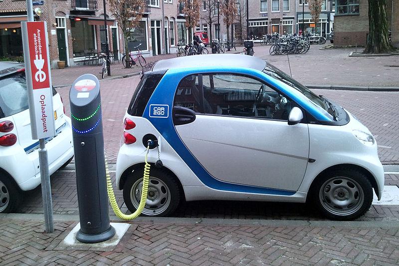 File:Electric car charging Amsterdam (2).jpg