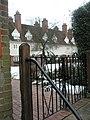 Elegant houses in Bury Fields - geograph.org.uk - 1159800.jpg