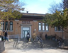 Elmhurst, Queens - Wikipedia