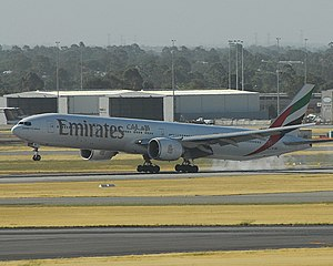 Emirates 777-300ER touching down at Perth Inte...