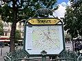 Entrée Station Métro Ternes Paris 5.jpg