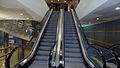 Estación de Llamaquique escaleras.jpg