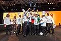 Fabio Mancuso con tutta la Nazionale italiana cuochi durante la premiazione della medaglia d'oro.jpg