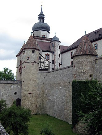 Marienberg Fortress - Scherenbergtor and medieval wall with the Kiliansturm in the background