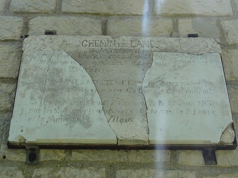 Filain (Aisne) chapelle Berthe, plaque 2