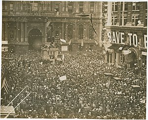 Armistice Day - Armistice Day celebrations in Philadelphia, Pennsylvania on 11 November 1918
