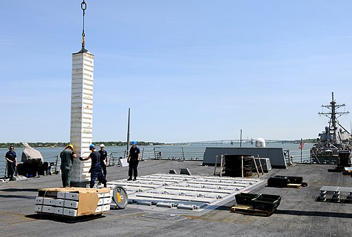 Flickr - Official U.S. Navy Imagery - USS Winston S. Churchill loads missiles.
