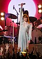 Florence and the Machine 12 09 2018 -30 (31767658627).jpg