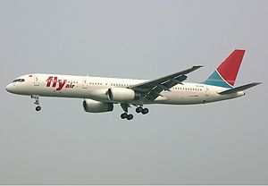 Fly Air Boeing 757 Spijkers.jpg